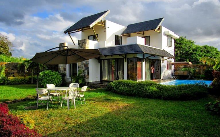 GRT 3BR Great Buddha Villa (near Azuri) - Roches Noires - Villa