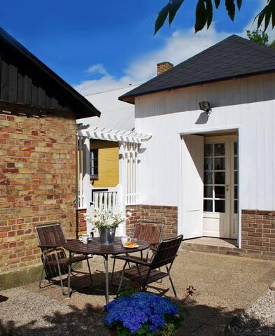 Benestad B&B. Guest house in charming Österlen 3 - Benestad - Villa