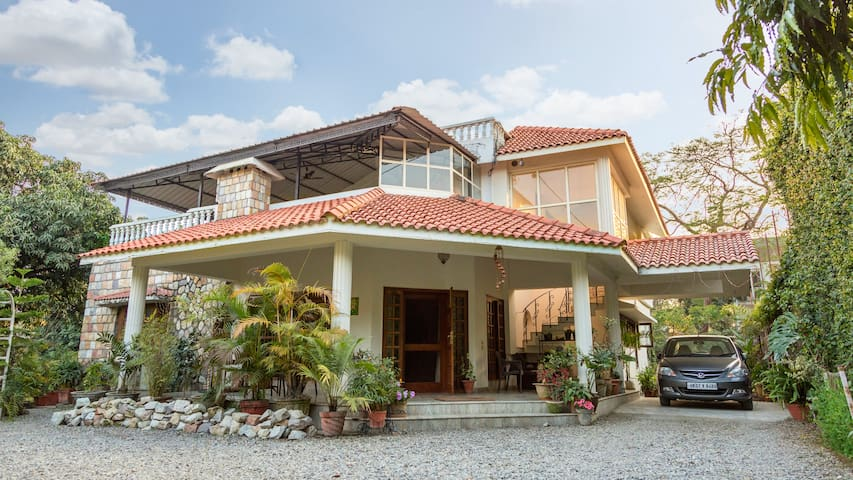 The Bungalow Retreat - Dehradun - Pousada
