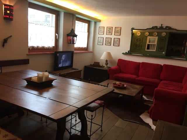 Appartamento Samedan centro - Samedan - Appartement