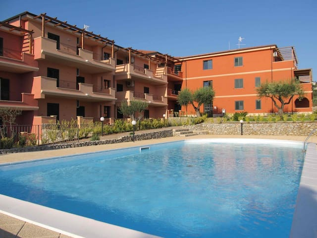 Splendido Tris: appartamento, parcheggio, piscina! - Ricadi - Leilighet