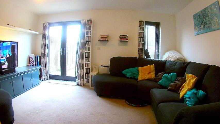 Comfortable Modern Home - Aylesbury, GB - Maison