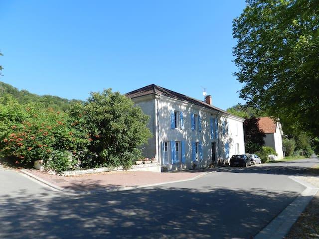"""Studio la """"Canelle"""" - Saint-Maurin - Daire"""