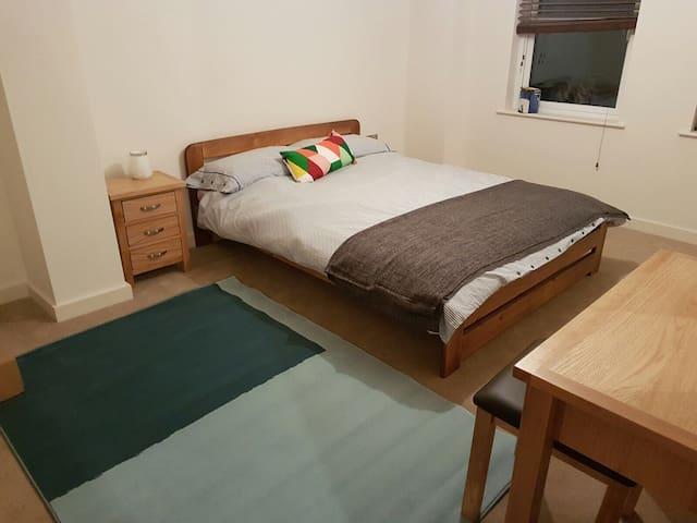Stunning new 2 bed apartment in village centre - Titchfield - Lägenhet