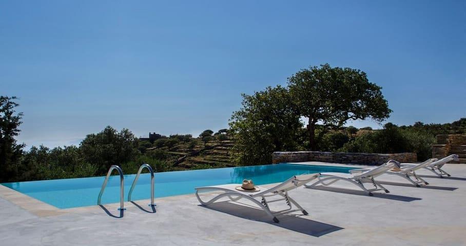 Villa Oliva in Kea | pool - view - petanque court. - Kéa - Casa