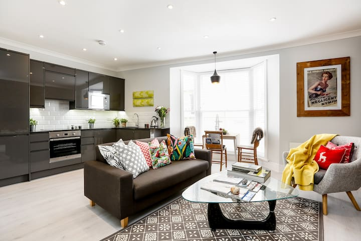 Vogue seaside apartment with unique style - Hastings - Appartement