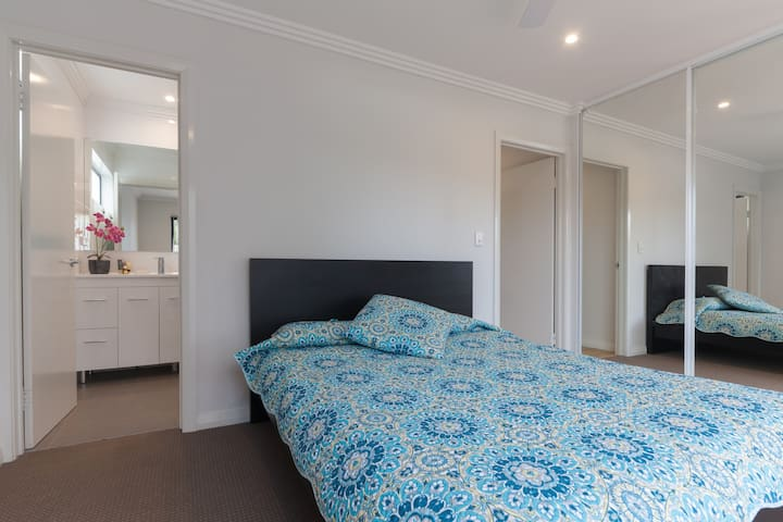 """""""The Willows""""Beautiful getaway for2 - Willetton - Appartement"""
