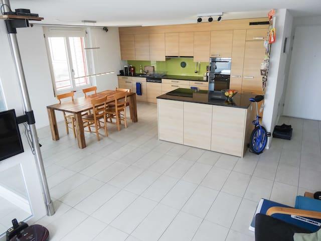 1 year rent offer for 76m2 flat (Sept'17) - Cham - Kondominium