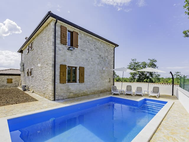 Sanja2 APARTMENT for 6 persons - Umag - Appartement