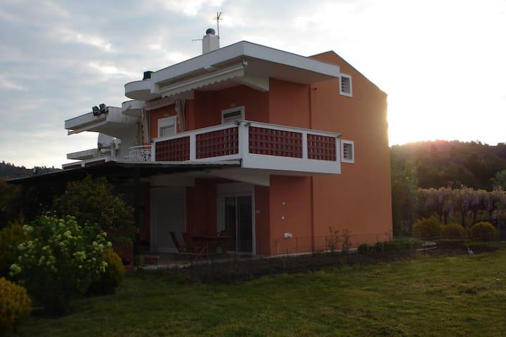 Дом на берегу моря - Chalkidiki