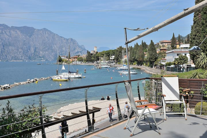 Frontlake Villa With Private Dock - Malcesine - Villa
