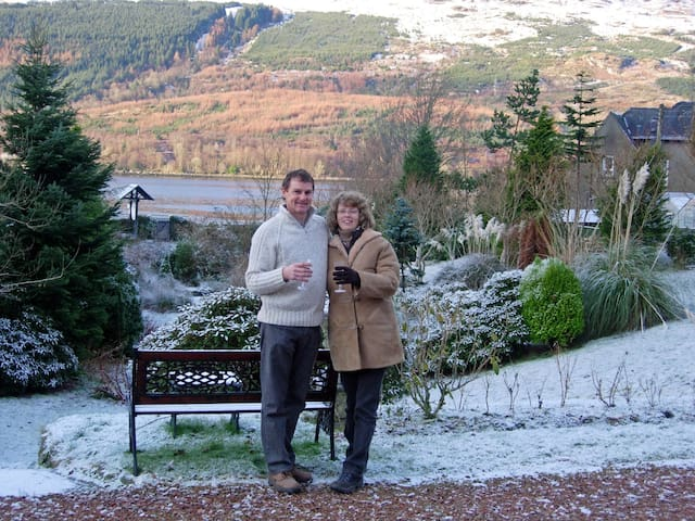 Double room in Character Victorian House by loch - Arrochar - Pousada