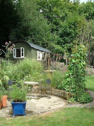 Ardingly new shepherd hut in beautiful countryside - Ardingly