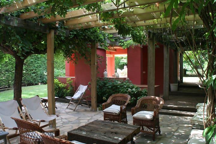 Cozy and bright house in Osona - Tona