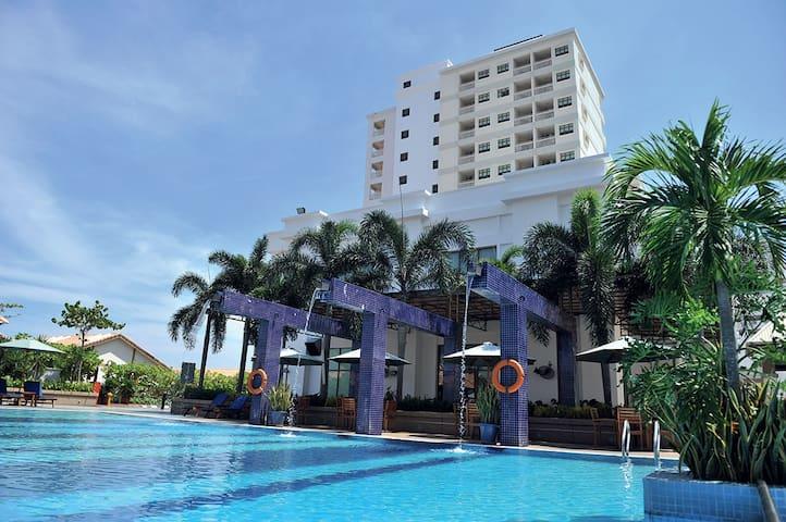 Lexis Port Dickson service suit - Port Dickson - Selveierleilighet
