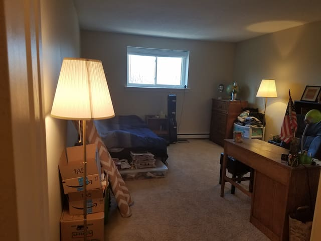 Private bedroom in FULL APT - Philadelphia suburbs - Warrington - Lägenhet