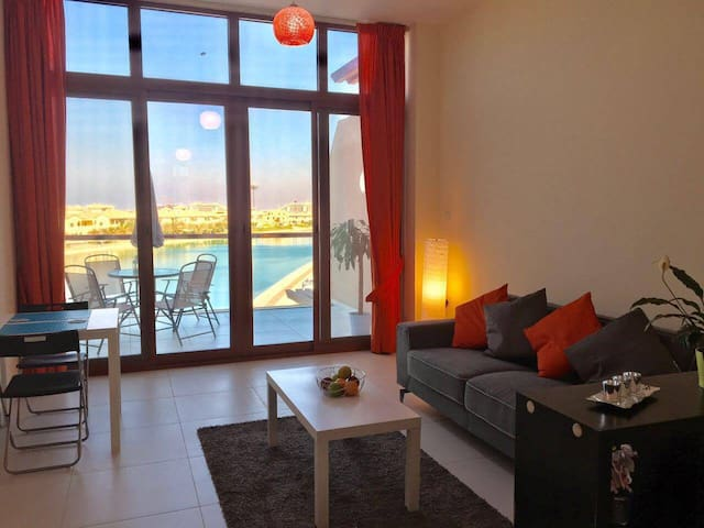 Vista Hermosa. Beautiful Studio apartment - Dubai