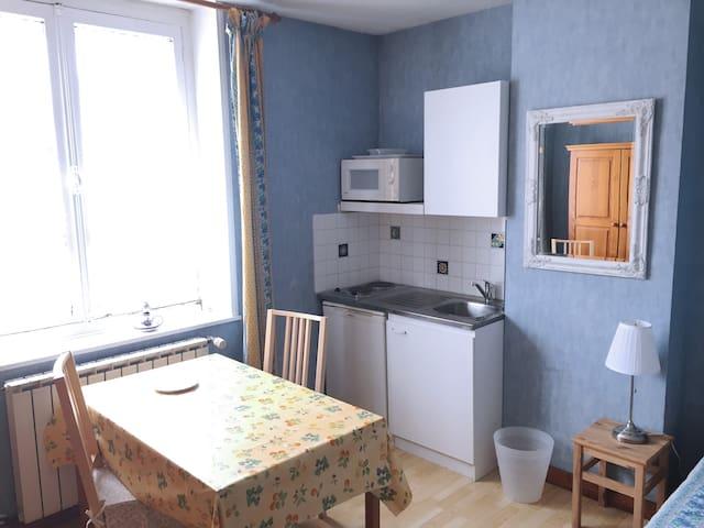 Chambre Provençale - Ronchin - Appartement
