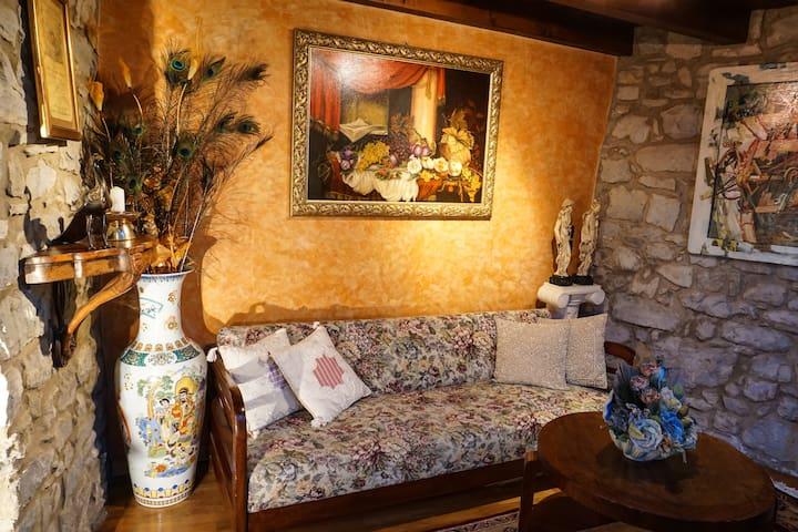 Exclusive apartment in historic village of Emilia - Casina - Huis