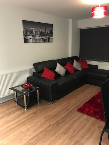 Modern penthouse 2 bed apartment - Maidstone - Leilighet