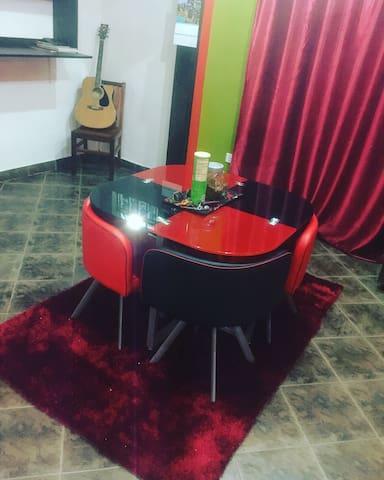 Cool quiet comfortable environment - Seeta - Hus