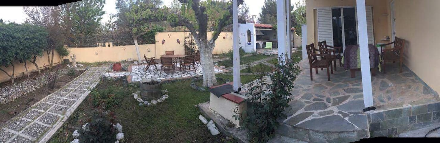 Villa by the beach - Chalkida - Villa
