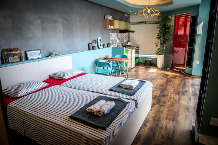 Studio | in the Heart of Old Limassol - Limassol - Lägenhet