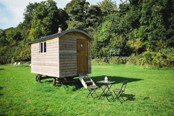 Shepherds Hut - Pine (2-man wagon) - Slane - Baraka