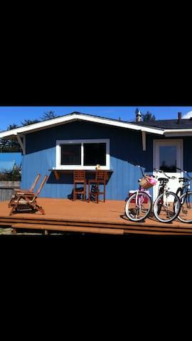 Pacific City Respite- Beach, Fire Pit, Bikes, FUN! - Cloverdale