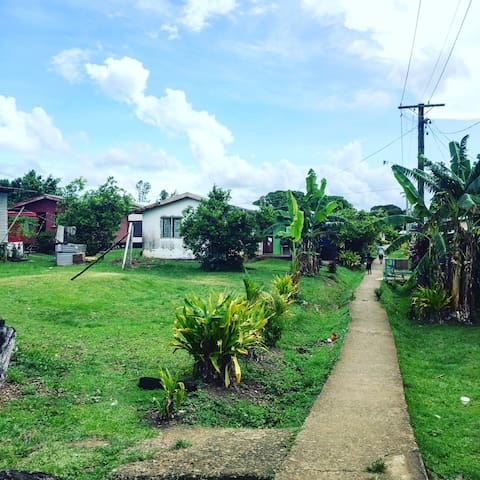 Koro (village) homestay - Cautata - Bed & Breakfast