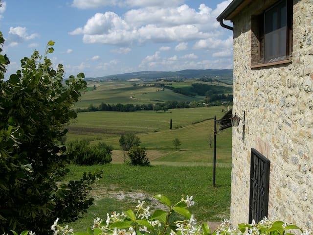 Panorama da sogno sulle colline toscane - Monteriggioni - Casa
