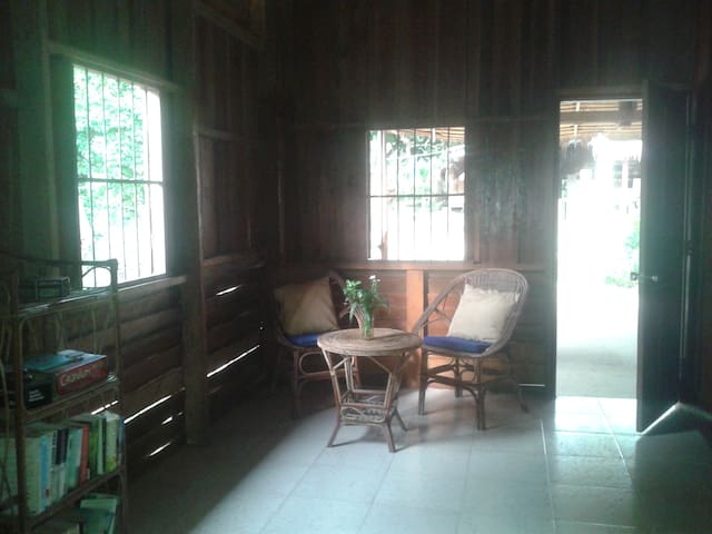 Your home on a tropical island - Krong Preah Sihanouk - Hus