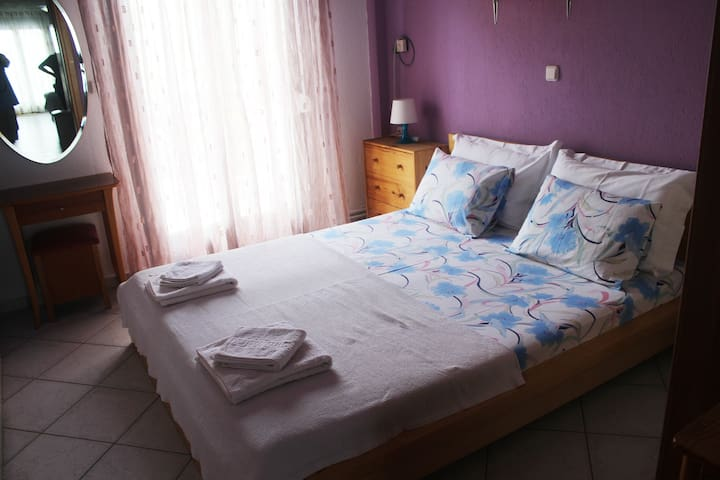 Apartment near the sea and close to the center. - Chalkidiki - Departamento