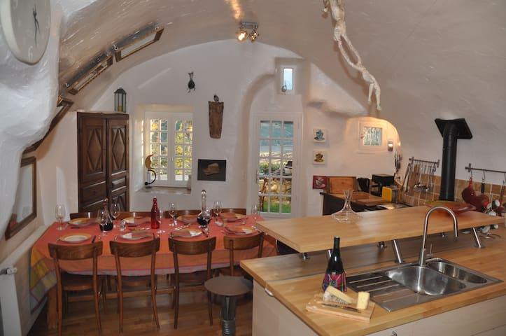 Provence 16th century stone house - Lagrand - Rumah
