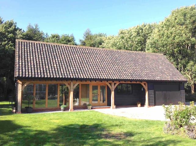 Peaceful contemporary retreat (1 hour from London) - Woolverstone