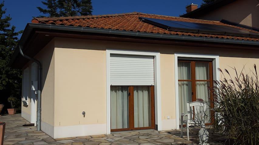 Wohnung mit Terrasse und eigenem Eing nahe Hamburg - Schwarzenbek - Wohnung