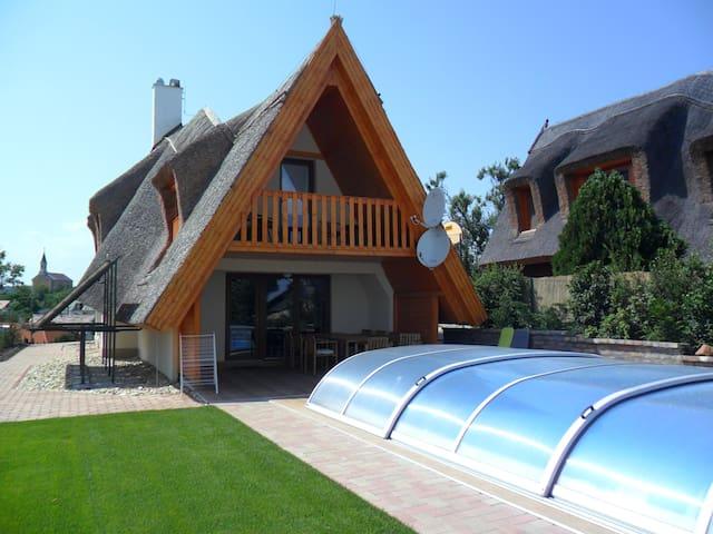 Berkenye House Lake Velence, Sukoró - Sukoró - Hus