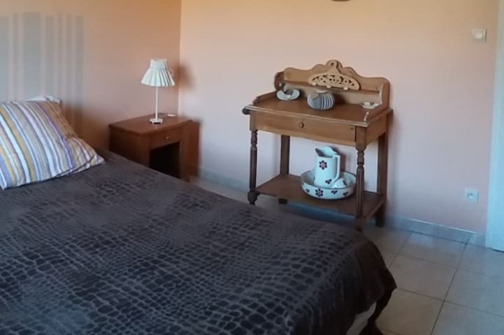 Chambre d hôtes en B&B - Trizay - Bed & Breakfast