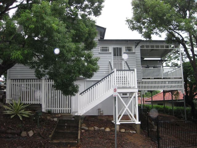 Central Cottage, Brisbane - Toowong - 獨棟