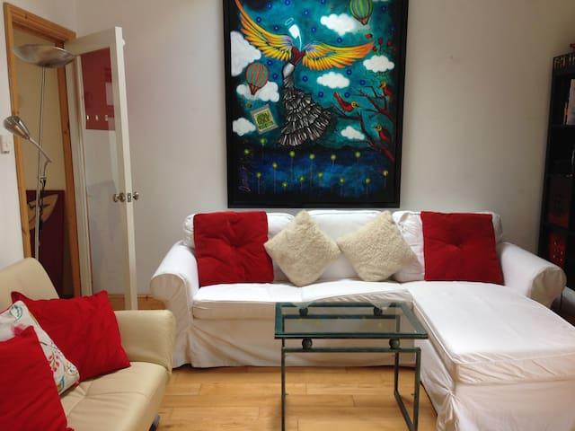 Bright Apartment 3 mins walk to sea - Dublin - Appartement