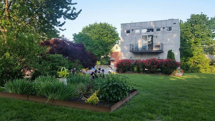 Secure Luxury Home Downtown KC - Kansas City - Hus