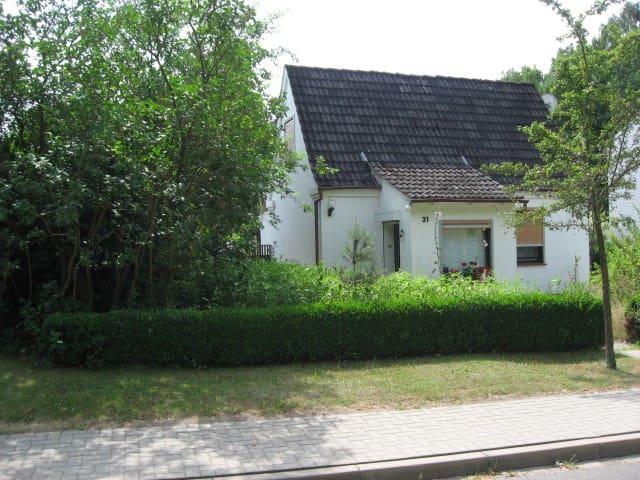 Idyllisch gelegenes Haus für eine Auszeit - Buchholz in der Nordheide