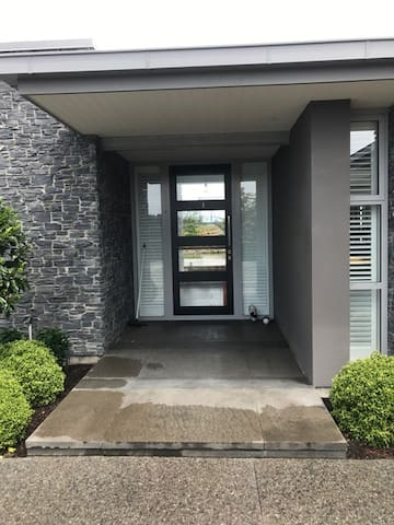 Executive accommodation - Pegasus - Huis