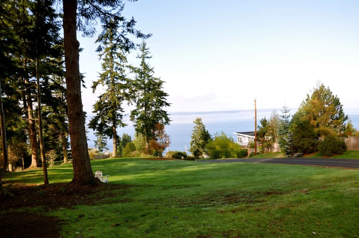 Puget Sound view, pets welcome - Freeland - Appartement