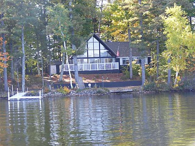 Summer Cottage Lakehouse - on an Island! - Shapleigh - Cabana