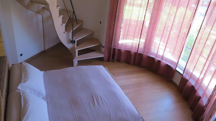 Suite in villa con piscina - Bergamo - Villa