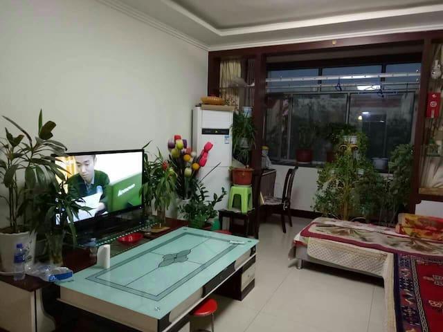 梅苑小区二室二厅90平米楼房 - Alashan Meng