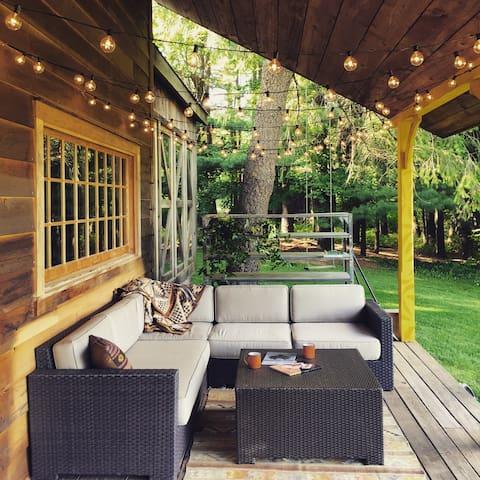 Bovina Farmhouse - 20 Secluded Acres - Bovina Center - Casa