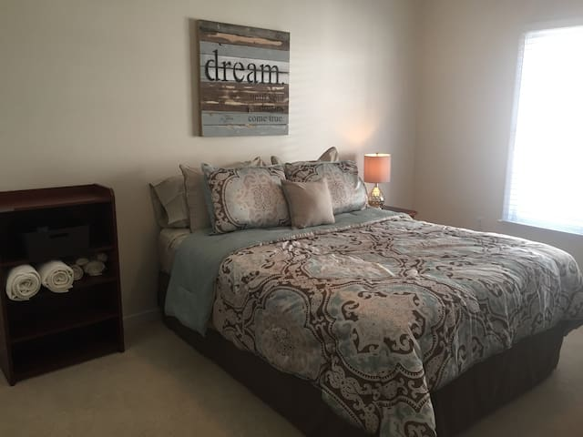 Short Pump Comfort, Convenience, and Privacy - Glen Allen - Hus