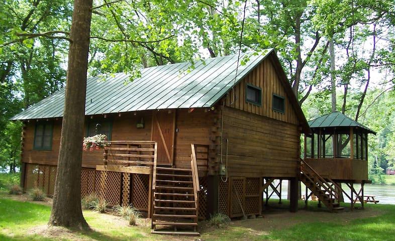 Shenandoah Shores Riverfront Log Cabin - Luray - Departamento